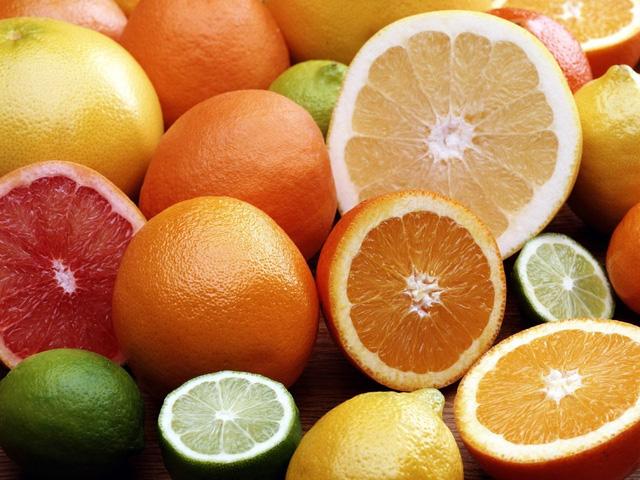 ba-bau-chay-mau-chan-rang-can-bo-sung-vitamin-c