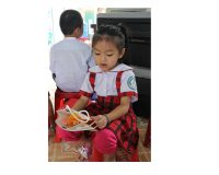Khám và điều trị răng miệng nhân đạo cho trẻ em nghèo vùng nông thôn tỉnh Quảng Nam