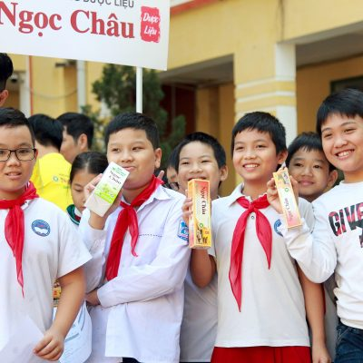 Kem đánh răng dược liệu Ngọc Châu đồng hành cùng Chương trình Nha Học Đường tỉnh Thái Bình