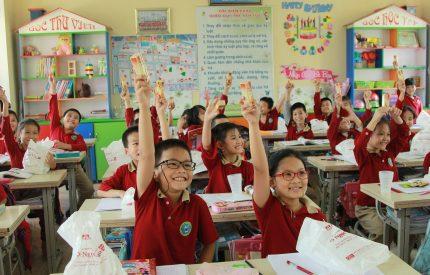 Nhãn hàng Ngọc Châu đồng hành chương trình Nha học đường 2019