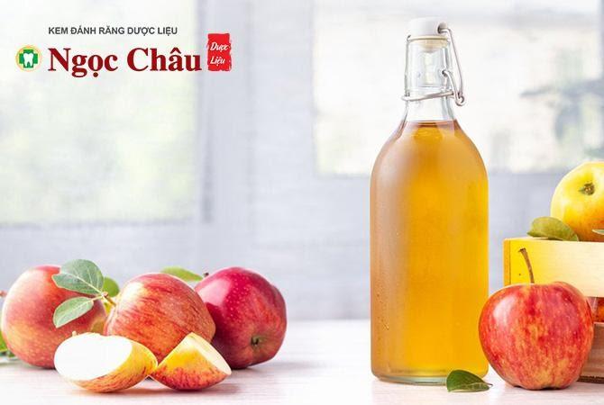 Giấm táo có chứa các axit axetic có tác dụng tiêu diệt các vi khuẩn có hạiGiấm táo có chứa các axit axetic có tác dụng tiêu diệt các vi khuẩn có hại