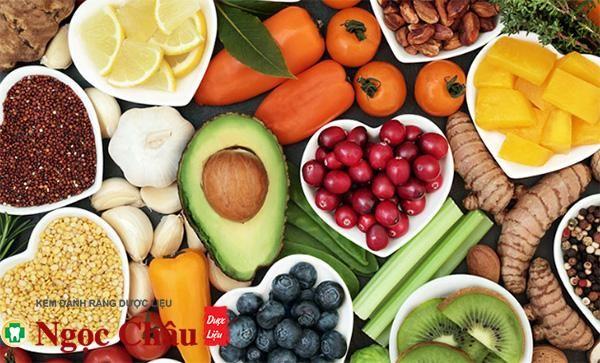 Bổ sung đầy đủ chất dinh dưỡng để phòng tránh nhiệt miệng dưới lưỡi
