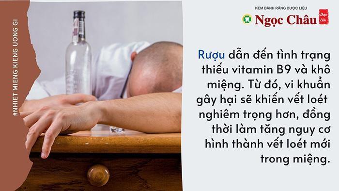 Nếu uống quá nhiều rượu, các vết loét nặng có thể xuất hiện