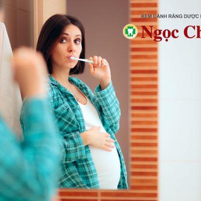 Kem đánh răng cho bà bầu – Nên lựa chọn gì?