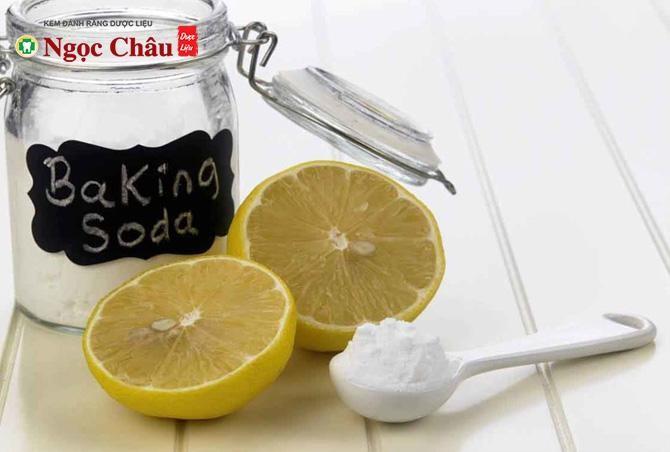 Cách làm trắng răng bằng baking soda kết hợp với chanh
