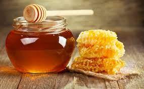 Cách làm trắng răng bằng mật ong an toàn tại nhà