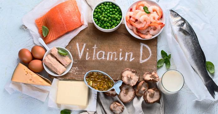 Vitamin D có nhiều trong: trứng, sữa, cá, các loại hạt