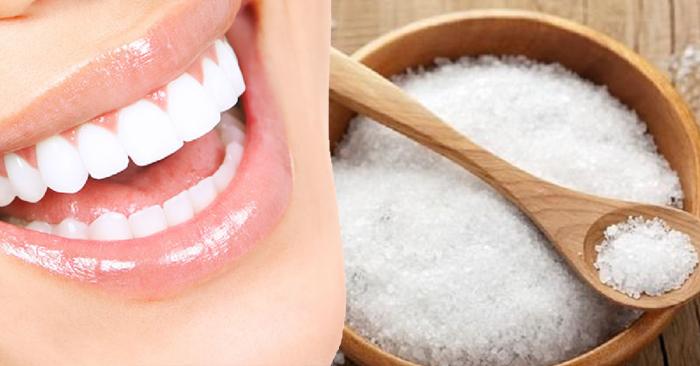 Cách làm trắng răng bằng muối CHUẨN BÀI