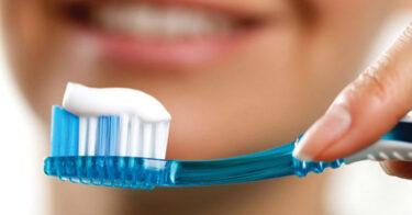Kem đánh răng chứa Fluor có tốt không?